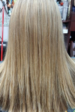 full blonde color with highlights